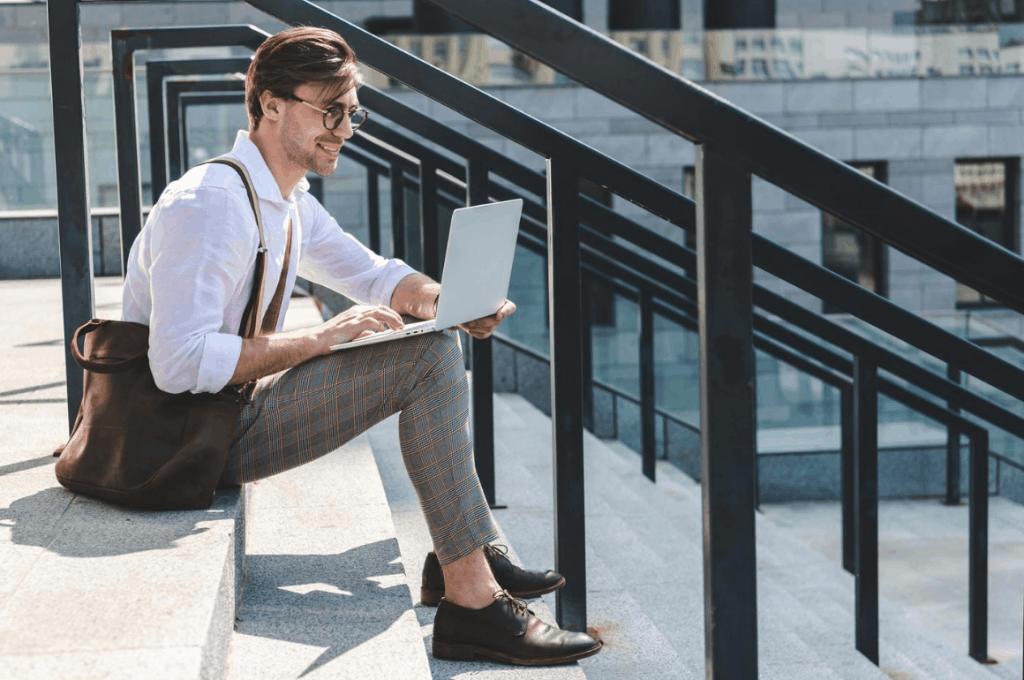 The Trending Man – Best Laptop Bags for Men