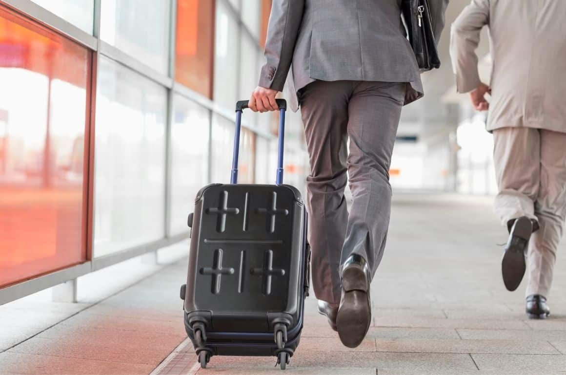 Best Suitcase for Suits