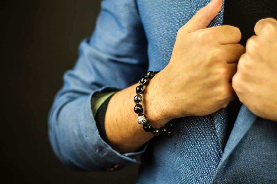 should men wear bracelets